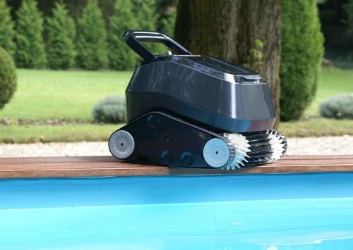 robot piscine fond et parois 7310