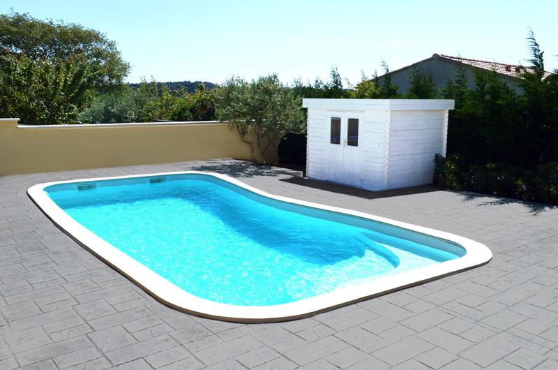 robot piscine forme libre
