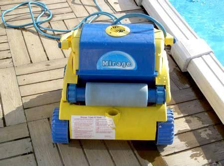 robot piscine location