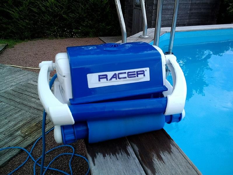 robot piscine racer top