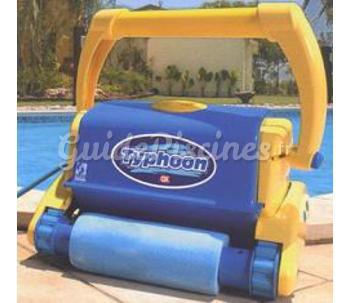 robot piscine typhoon