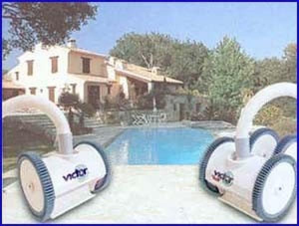 robot piscine victor c